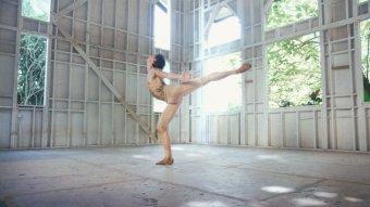 刺青舞者劇照