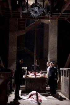 神探愛倫坡:黑鴉疑雲劇照