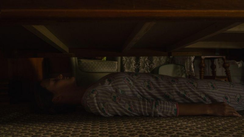 床底下的女人劇照