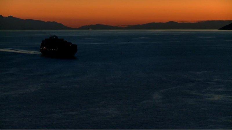 他們在島嶼寫作II ─《無岸之河》洛夫劇照