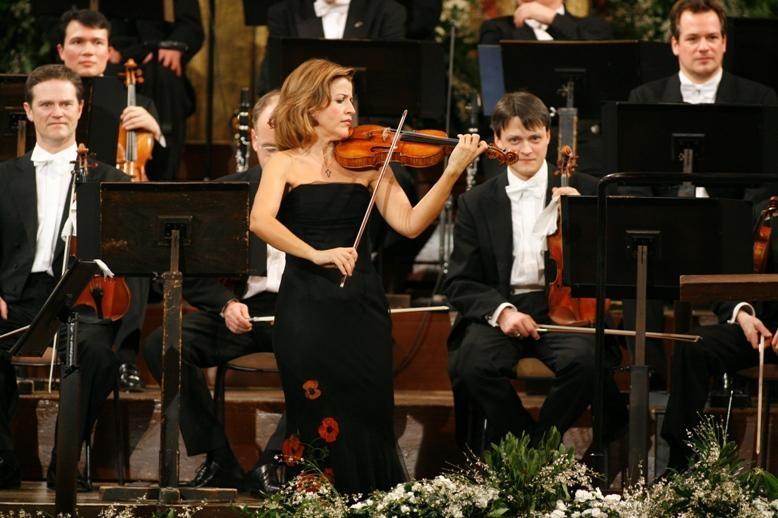 卡拉揚誕生一百週年紀念音樂會劇照